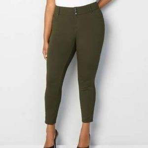 🍁 Avenue Olive Green 3 Button Jegging
